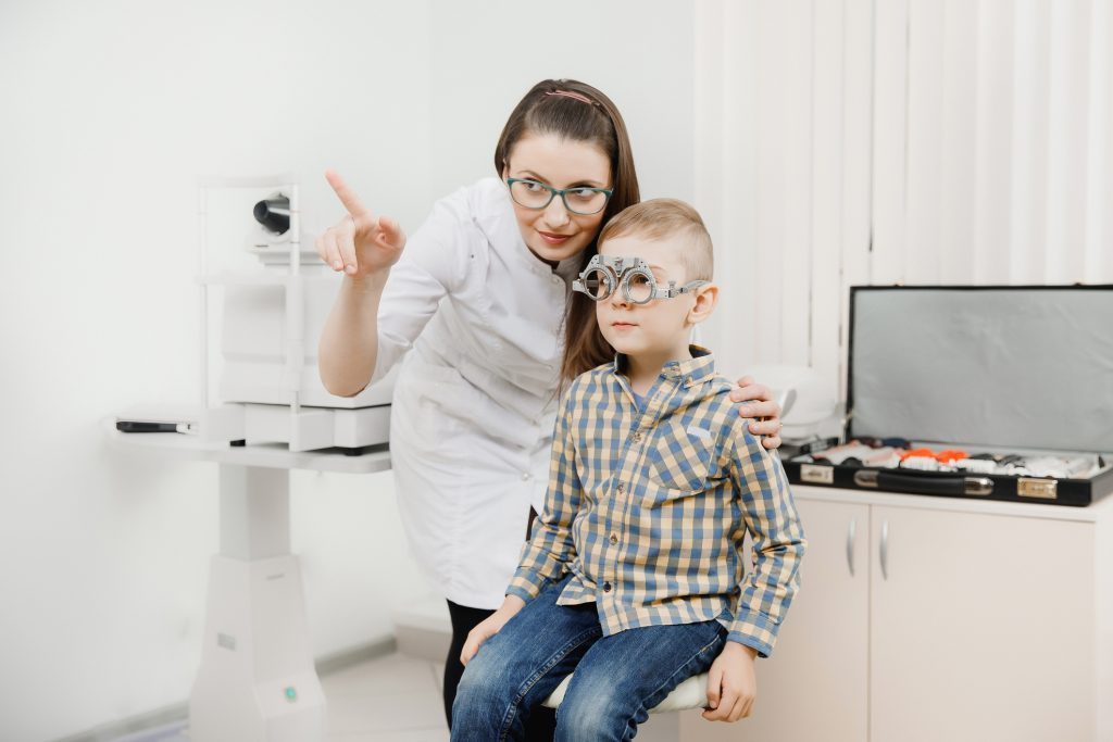nașterea și vederea minus 10