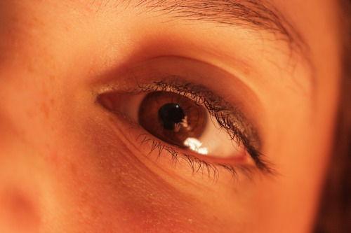 vederea s-a deteriorat și ochiul doare